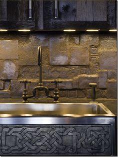 Gerard Butler, loft, home, New York, Manhattan, apartement, Alexander Gorlin, Elvis Resteino, architect, film set, hall, living room, kitchen, dining