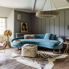 13 Rooms Rocking the Curved Furniture Trend Retro room with turqouse velvet rounded sofa and zebra rug Sofa Design, Canapé Design, Furniture Design, Interior Design, Design Ideas, Trendy Furniture, Inexpensive Furniture, Interior Stylist, Repurposed Furniture