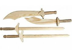 £9.36 for 4 Wooden Swords To Decorate