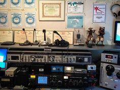 Sala de Rádio - Shack - http://www.facebook.com/photo.php?fbid=501005976603740=a.244708078900199.51204.233495793354761=1=nf - 225569_501005976603740_1115450437_n.jpg (800×600)