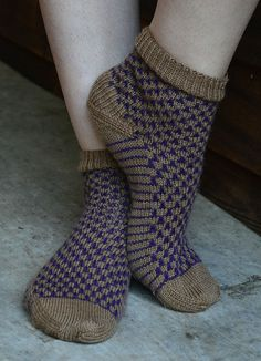 Ravelry: Purple Cork Socks pattern by Heidi Gali  http://www.ravelry.com/patterns/library/purple-cork-socks
