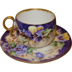 Elite Works Limoges France hand painted cup and saucer with pansies I love this tea cup and saucer with pansies! Painted Cups, Hand Painted, Painted Porcelain, Antique Tea Cups, Teapots And Cups, My Cup Of Tea, Vintage Tea, Vintage China, Tea Cup Saucer