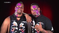 Jey and Jimmy Usos Wwe, Wwe Wrestlers, Wwe Superstars, Champion, Halloween Face Makeup, Solofa Fatu, Twins, Guy, Wrestling
