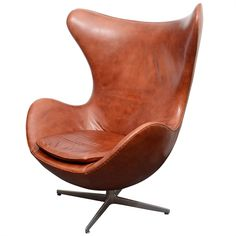 Vintage Egg Chair in Original Brown Leather by Arne Jacobsen
