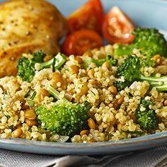 Salade de quinoa et de lentilles avec brocoli à faible teneur sodium