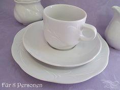 Ein zeitlos schönes Kaffeeservice aus dem Haus Seltmann Weiden.    Das Service besteht aus   ~ 8 Kuchenteller  ~ 8 Untertassen   ~ 8 Kaffeetassen  ~ 1