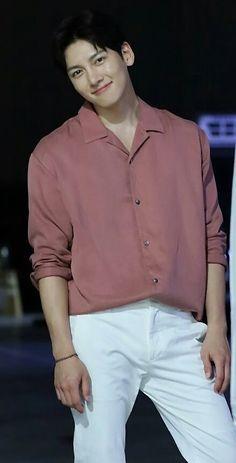 Ji Chang Wook Instagram, Ji Chang Wook Smile, Ji Chang Wook Photoshoot, Park Hae Jin, Choi Jin, Handsome Korean Actors, Dong Hae, Actor Picture, Beautiful Men Faces