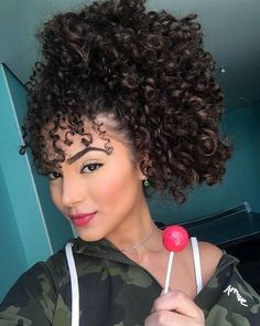 95 easy on the go hairstyles for naturally curly hair - Hairstyles Trends Retro Hairstyles, Braided Hairstyles, Curly Hair Styles, Natural Hair Styles, Mixed Hair, Different Hairstyles, Gorgeous Hair, Hair Hacks, Hair Trends