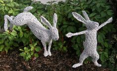 1000 images about wire sculptures on pinterest wire for Chicken wire sculptures uk