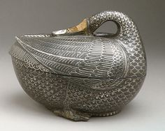 Pan Box in the Shape of a Duck: zinc & alloy, inlay of brass and silver from India, circa 1700