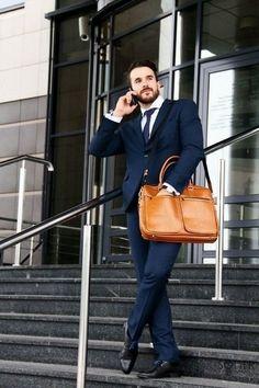 Elegáns férfi laptoptáska a Soliertől. Keresd a www.hlfshoes.com webáruházban