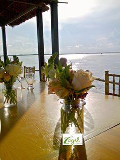 Diseño floral para bodas y eventos en Cancún y Riviera Maya. #floreriazazil #floreriaencancun #bodascancun #bodasrivieramaya