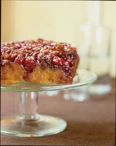 Cranberry Pecan Pumpkin Upside Down Cake - Better than pumpkin pie Pumpkin Upside Down Cake, Cranberry Upside Down Cake, Pumpkin Recipes, Fall Recipes, Holiday Recipes, Breakfast Dessert, Cake Servings, Let Them Eat Cake, Dessert Recipes