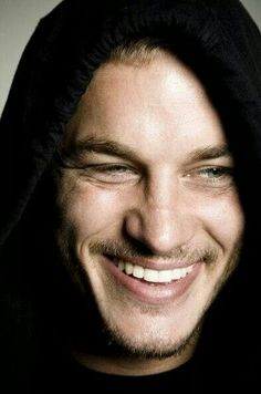 Travis Fimmel. My glob. He's beautiful