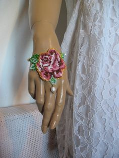 ROSA,bracelet...lena-style,unicat!