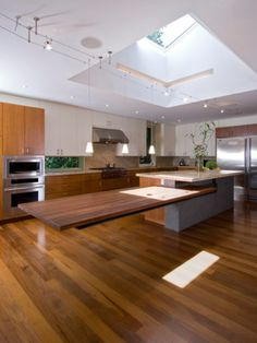 Floating kitchen bench......Wow factor!