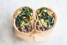 Make Ahead Super Green Vegan Quinoa Burritos from 101 Cookbooks - Vegan burritos packed with all the good stuff - quinoa, mung beans, and lots of kale - tossed with a creamy, serrano-spiked avocado dressing. Healthy Meals For Two, Healthy Snacks, Healthy Eating, Healthy Wraps, Happy Healthy, Quinoa, Vegan Vegetarian, Vegetarian Recipes, Healthy Recipes