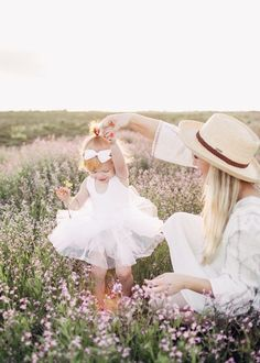 A Little Spur of the Moment Mommy & Me Shoot – girl photoshoot poses Mommy Daughter Photography, Mother Daughter Photography, Baby Girl Photography, Children Photography, Photography Ideas, Mommy And Me Photo Shoot, Girl Photo Shoots, Mommy Daughter Pictures, Mommy And Baby Pictures