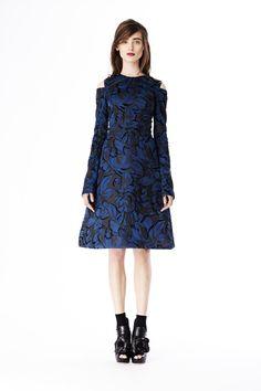 Vera Wang | Pre-Fall 2014 Collection | Style.com
