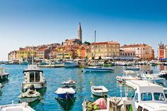 Plan your vacation to Croatia. Consult our travel guide and search flights and packages to Croatia with Transat. Pula, Best Places To Travel, Places To Visit, Ontario, Travel Photography Tumblr, Hotels Portugal, Travel General, Beste Hotels, European Destination