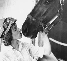 Diane Crump was the first female jockey to race in the Kentucky Derby 1970