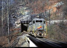 RailPictures.Net Photo: SBD 8017 Seaboard System EMD SD40-2 at Big Stone Gap, Virginia by Ron Flanary
