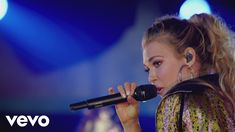 Rachel Platten - Perfect For You (Behind the Song) (Audience Music Series) - YouTube