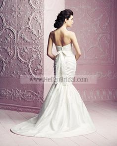 Gown 4261 | 2012 Spring Collection | Paloma Blanca (back)