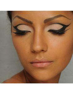 20 Amazing Eye Liner Looks From Pinterest