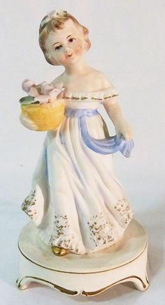 Vintage Madonna Virgin Mary Night Light Lamp Religious