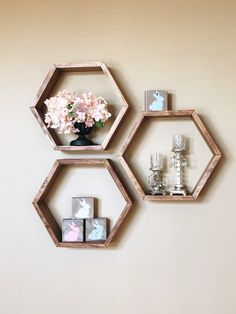 30 Ideas home decoration pictures floating shelves - baby panda bears Geometric Shelves, Honeycomb Shelves, Hexagon Shelves, Geometric Decor, Modern Floating Shelves, Modern Shelving, Decorating With Floating Shelves, Custom Shelving, Diy Hanging Shelves