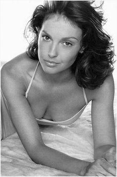 Ashley Judd  Amazing woman, and Public Health activist!