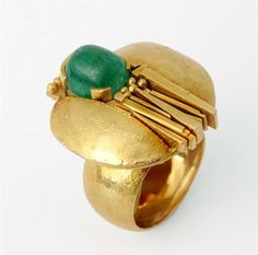 Rosamaria G Frangini | High GREEN Jewellery |Ring by Othmar Zschaler