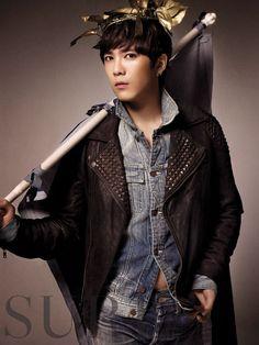 Lee Hong ki Korean Celebrities, Korean Actors, Celebs, Ft Island, Hot Korean Guys, Korean Men, Asian Men, Gwangju, Hong Ki