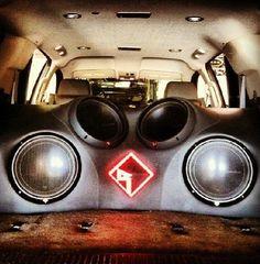 Rockford Fosgates Jl Audio, Audio Sound, Car Speaker Box, Vehicle Audio, Customised Vans, Custom Car Audio, Car Audio Installation, Inside Car, Subwoofer Box
