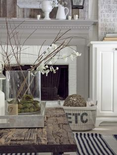 It's all about #neutrals and decor... Too many homes lack #decor...