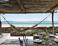 Beach house stoep with hangmat Outdoor Dining, Outdoor Spaces, Outdoor Decor, Dining Area, Canopy Outdoor, Dining Room, Room Kitchen, Elle Decor, Coastal Living