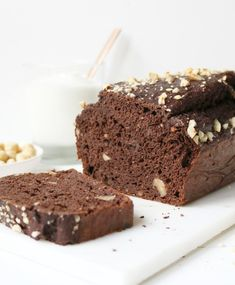 Stout And Irish Cream Cupcakes Recipe - Genius Kitchen Cupcake Recipes, Cupcake Cakes, Dessert Recipes, Chef Recipes, Food Cakes, Irish Car Bomb Cupcakes, Guinness Chocolate, Irish Chocolate, Chocolate Yogurt