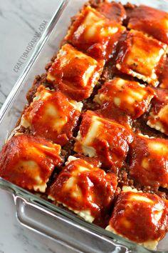 Lazy Lasagna: Baked Ravioli Casserole - Crafty Morning Baked Ravioli Casserole, Ravioli Bake, Ravioli Recipe, Easy Casserole Recipes, Casserole Dishes, Cheese Ravioli, Ravioli Lasagna, Lazy Lasagna, Glass Baking Dish