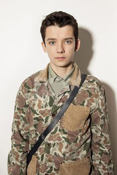 Jordi: age 22; military pilot (Asa Butterfield reference)