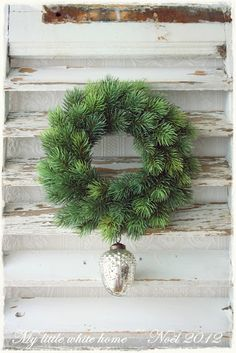Wreath with Acorn winter, countri christma, cakes, christma deco, simpl wreath, wreaths, noël christma