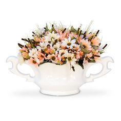 Arranjo de flores artificiais em seda com corte a laser na floreira de margaridas, perfeito para decoração do seu espaço.  Perfeita para centro de mesa, balcão, aparador e etc. .  O arranjo de flores é um objeto de decoração que deixa qualquer ambiente com muita beleza.  Com flores artificiais a ...
