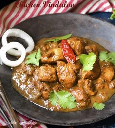This authentic chicken Vindaloo recipe is tangy, sweet and hot curry with gravy. This recipe is must try for spicy chicken vindaloo curry lovers. Fried Fish Recipes, Spicy Recipes, Asian Recipes, Mexican Food Recipes, Chicken Recipes, Cooking Recipes, Ethnic Recipes, Cheap Recipes, Cooking Tips