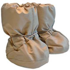 When it's cold outside, keep your little ones toesies and feet warm with these lightweight, soft-soled Booties with a water repellent exterior.