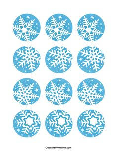 Snowflake cupcake toppers. Use the circles for cupcakes, party favor tags, and more. Free printable PDF download at http://cupcakeprintables.com/toppers/snowflake-cupcake-toppers/