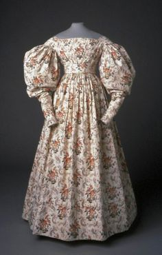 Dress, 1830-33. Block printed Cotton. American Textile History Museum in Lowell, Massachusetts