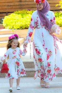 Little Ontario dress Mommy Daughter Dresses, Mom And Daughter Matching, Mother Daughter Fashion, Mom Dress, Baby Dress, Work Dresses For Women, Trendy Dresses, Fashion Dresses, Girls Dresses