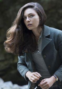 Style Crush: Juliana Crain from Man in the High Castle - À LA MODEST