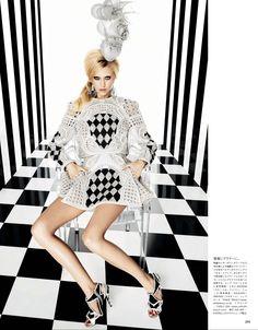 GRAPHICS GONE WILD :: Vogue Japan