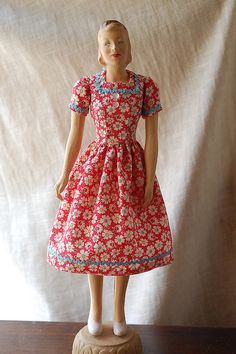 butterick mannequin dolls | 1940s Junior miss butterick mannequin doll